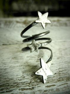 Your Own Shooting Stars - Three Distressed Stars On Adjustable Coil by Pale Fish Ny Jewelry Rings, Jewelry Box, Silver Jewelry, Jewelry Accessories, Fashion Accessories, Jewelry Making, Silver Rings, Jewellery, Fine Jewelry