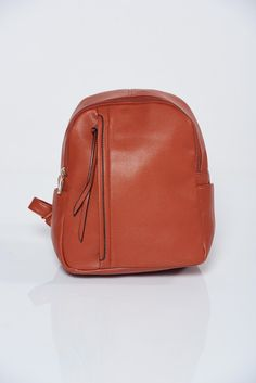 Brown backpacks a compartment with internal pockets Brown Backpacks, Fashion Backpack, Back To School, Tassels, Zipper, Pockets, Fabric, Leather, Collection