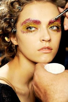 Beautiful runway makeup - you can't go wrong with sparkles.
