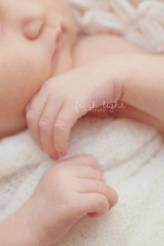Newborn Photo Idea: Take control of your sessions :: Inspire Me Baby