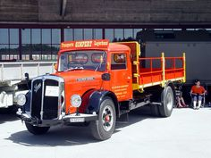 Old Trucks, Vehicles, Bern, Truck, Old Vintage Cars, Rolling Stock, Vehicle, Tools