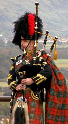 Piper at Stirling Castle
