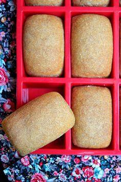 Tipikus Flammeres: A kis bucik Cornbread, Diy And Crafts, Ethnic Recipes, Brot, Millet Bread, Corn Bread