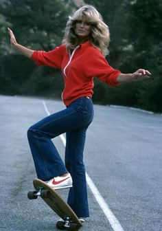 "Farrah Fawcett A Jordache-clad Farrah Fawcett hopped on a skateboard (and showed off her enviable assets) for an episode of her hit detective series, ""Charlie's Angels"" in 1976. The reason for her sporty attire? She was rolling away from danger, naturally!"