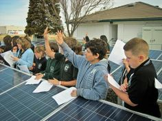 """""""Millions of People Investing in Solar"""" — Billy Parish Explains the Power of Crowd Finance"""