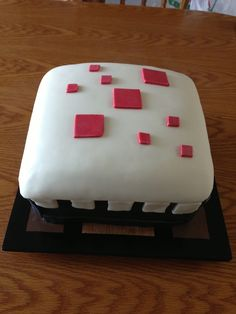 First pin on Dylon's daily goodies starting with a minecraft cake that looks like a real minecraft cake. i know that hardly makes sense but whatever!