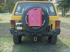 jerry can mount Land Rover Overland, Jerry Can, Jeep, Monster Trucks, Vehicles, Ideas, Jeeps, Car, Thoughts