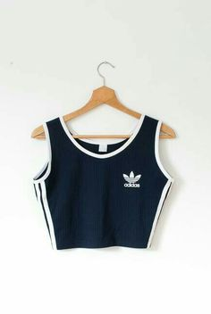 croptop adidas Crop top van adidas in de kleuren: - croptop Teen Fashion Outfits, Mode Outfits, Sport Outfits, Trendy Outfits, Summer Outfits, Girl Outfits, Cute Crop Tops, Cropped Tops, Tank Tops