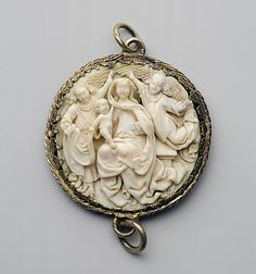 1450-1500: Pendant with the Coronation of the Virgin