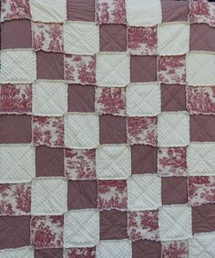 Throw Size Red Toile Rag Quilt French by KristinsCountryHome