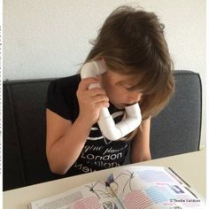 WhisperPhone maken Learning Through Play, Kids Learning, Creative Crafts, Spelling, Cool Kids, Health And Beauty, Literacy, Life Hacks, Parenting