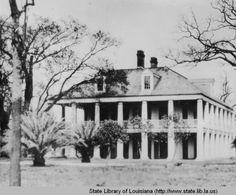 Three Oaks Manor near Chalmette Louisiana in the :: Louisiana Works Progress Administration (WPA) Southern Plantation Homes, Southern Mansions, Southern Homes, Plantation Houses, Abandoned Plantations, Louisiana Plantations, Abandoned Houses, Old Houses, Dreams