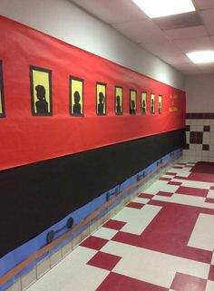 Hallway decorated for polar express Christmas Classroom Door, Office Christmas, Vbs Crafts, Church Crafts, Polar Express Christmas Party, Polar Express Theme, Vbs Themes, Train Party, Vacation Bible School