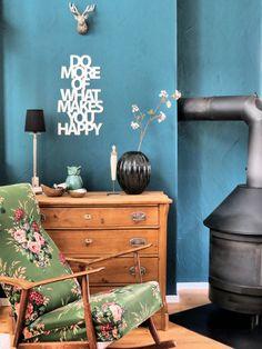 Be happy #interior #einrichtung #dekoration #decoration #ideas #ideen #vintage #wohnzimmer #livingroom #vintagewohnzimmer Foto: Küchenbine