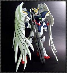 This gundam paper model is a remade versionXXXG-00W0 Gundam of Rarra's XXXG-00W0 Gundam Wing Zero Custom, remade by ydsnhzmt, and shared by yenc. The fini
