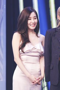 This is My queen Tiffany Girls, Snsd Tiffany, Tiffany Hwang, Girls' Generation Tiffany, Girls Generation, Guys And Girls, Kpop Girls, Famous Girls, Seohyun