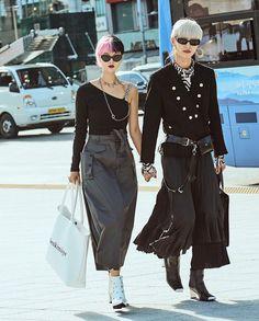 Asian Street Style, Korean Street Fashion, Korean Style, Japan Fashion, Lace Skirt, Harajuku, Menswear, Punk, Minimal