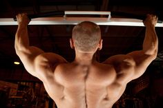 Top 5 Workouts For A Bigger Back - http://workoutprograms.net/top-5-workouts-for-a-bigger-back/