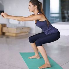 Stress gehört zu den häufigsten Gründen, warum man doch aufs Sofa und nicht zum Sport geht. Bis jetzt. Hier kommt ein genialer Trainingsplan für Zuhause...