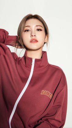 South Korean Girls, Korean Girl Groups, Korean Celebrities, Celebs, Jeon Somi, Korean Wave, Just Girl Things, Beauty Full Girl, Adidas Jacket