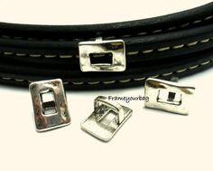 6 X Finding for Regaliz Leather Bracelet  Antique by frameyourbag, €3.99