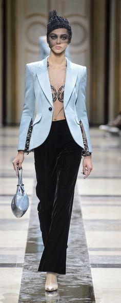 Giorgio Armani Privé Fall-winter 2017-2018 - Couture - http://www.orientpalms.com/Giorgio-Armani-Prive-6829 - ©ImaxTree