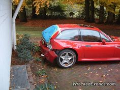 BMW Z-Series Z3 Coupe crashed in Bremen, Germany