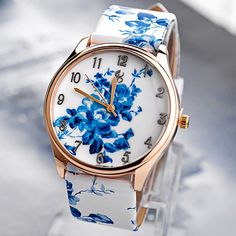 $4.99 Fashion Quartz Watch with Flower Analog Indicate Leather Watchband for Women