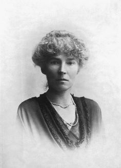British archaeologist, explorer and spy Gertrude Bell (1868-1926) provide insight into Middle East that is still relevant, actionable.
