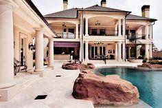 dailyluxury:  Perfect estate.