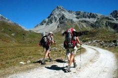 Escursioni in montagna: cosa mangiare e cosa portare