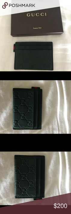 85d30f8ee Gucci Men's Card Holder 100% authentic men's credit card holder. Never been  used and