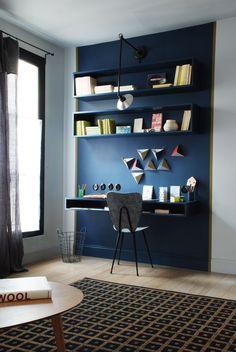 Réalisation Marianne Evenou // Paris --- délimiter l'espace bureau par la couleur
