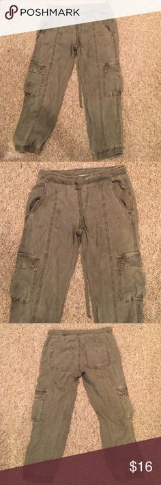 Olive/gray slouchy pant Super comfy and in great condition. The tag does not say a small but they are a small!  Slouchy fit. Cropped pant and can be pulled up Pants Ankle & Cropped