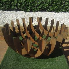 Steel Sculpture - Feature Urns - Pots, Planters & Urns - Watergarden Warehouse