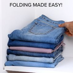 Folding Trick Blossom Blossom We have just the fashion & design tips and tricks, that we just can't Amazing Life Hacks, Simple Life Hacks, Useful Life Hacks, Tips And Tricks, Diy Rangement, Diy Clothes Videos, Diy Videos, Diy Crafts Hacks, Home Organization Hacks