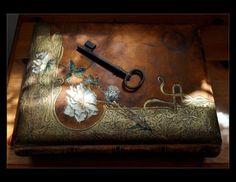 the key on lovely box