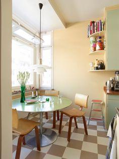 Home Interior, Kitchen Interior, Interior Design, Design Design, Pastel Furniture, Family Dining Rooms, Pastel Room, New Room, Elle Decor