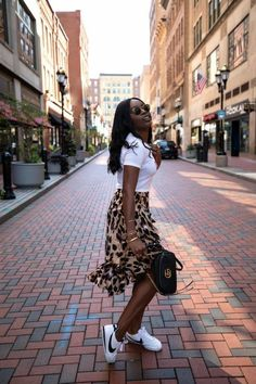 Mode Outfits, Stylish Outfits, Fall Outfits, Summer Outfits, Fashion Looks, Black Girl Fashion, Dresses Elegant, Women's Dresses, Nigerian Culture