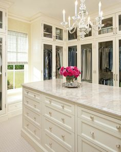 A closet???! Amazing! (Even with all this space, mine would still be a mess, unless it came with a maid!)