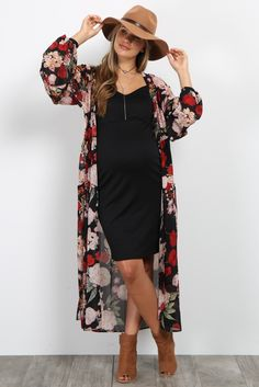 PinkBlush - Where Fashion Meets Motherhood - - Black Floral Chiffon Long Maternity Kimono Source by Long Kimono Outfit, Floral Kimono Outfit, Dress Long, Floral Kimono Fashion, Fall Kimono, Long Sleeve Kimono, Cute Fashion, Look Fashion, Spring Fashion