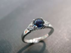 Ring with Diamond and blue Sapphire in 14K White Gold