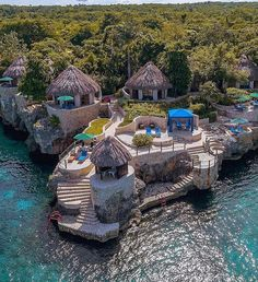 Hotel Zoom-In: Rockhouse Hotel & Spa 📷: @michaelcondran Adventure Map, Best Spa, Active Volcano, Thatched Roof, Negril, Caribbean Sea, Natural Resources, Hotel Spa, Jamaica