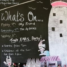 We're celebrating Christmas early this year!  Friday night @ollyfriendmusic Saturday night @theacfields and Sunday @childrenofthesunband at the town Christmas party! Santa will also be making an appearance.. #christmas #aireysinlet #santa #livemusic #aireyspub #greatoceanroad #splitpointlighthouse #whatson by theaireyspub