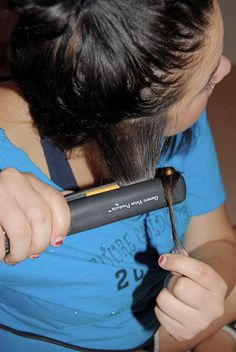 Curling hair with straigtener