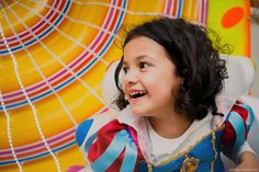 Festa Infantil em Curitiba | Aniversário de 1 ano da Giovanna | Buffet Infantil Ooga Booga | Fotografia Lifestyle de Família, Gestante e Infantil