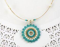 Türkis Halskette, Türkis und gold Halskette, Rocailles-Perlen-Halskette, Mandala Halskette, Türkis Perlenkette, Geschenk-Ideen für Frauen