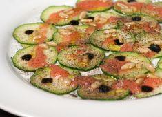 Carpaccio de calabacín #receta #recetasMycook Carpaccio, Deli, Zucchini, Dinner, Vegetables, Food, Taurus, Club, Google