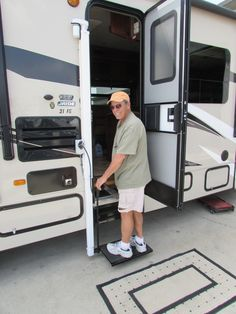 Handicap Lifts, Steps & Hand Controls for Cars and RV's ...