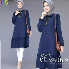 Davina tunik Bahan monscrepe ukuran all size M,L,XL harga   Hijab Style Dress, Dress Outfits, Beautiful Hijab, Beautiful Dresses, Moslem Fashion, Hijab Fashion Inspiration, Abaya Designs, Blouse And Skirt, Videos Online